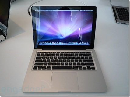 apple-new-macbook-hands-on-top